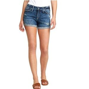 NO BOUNDARIES shorts size 9